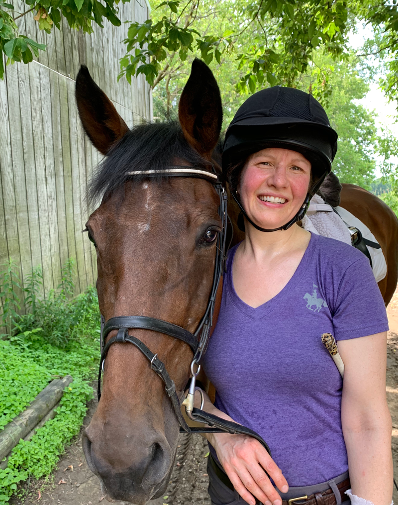 robyn with her horse